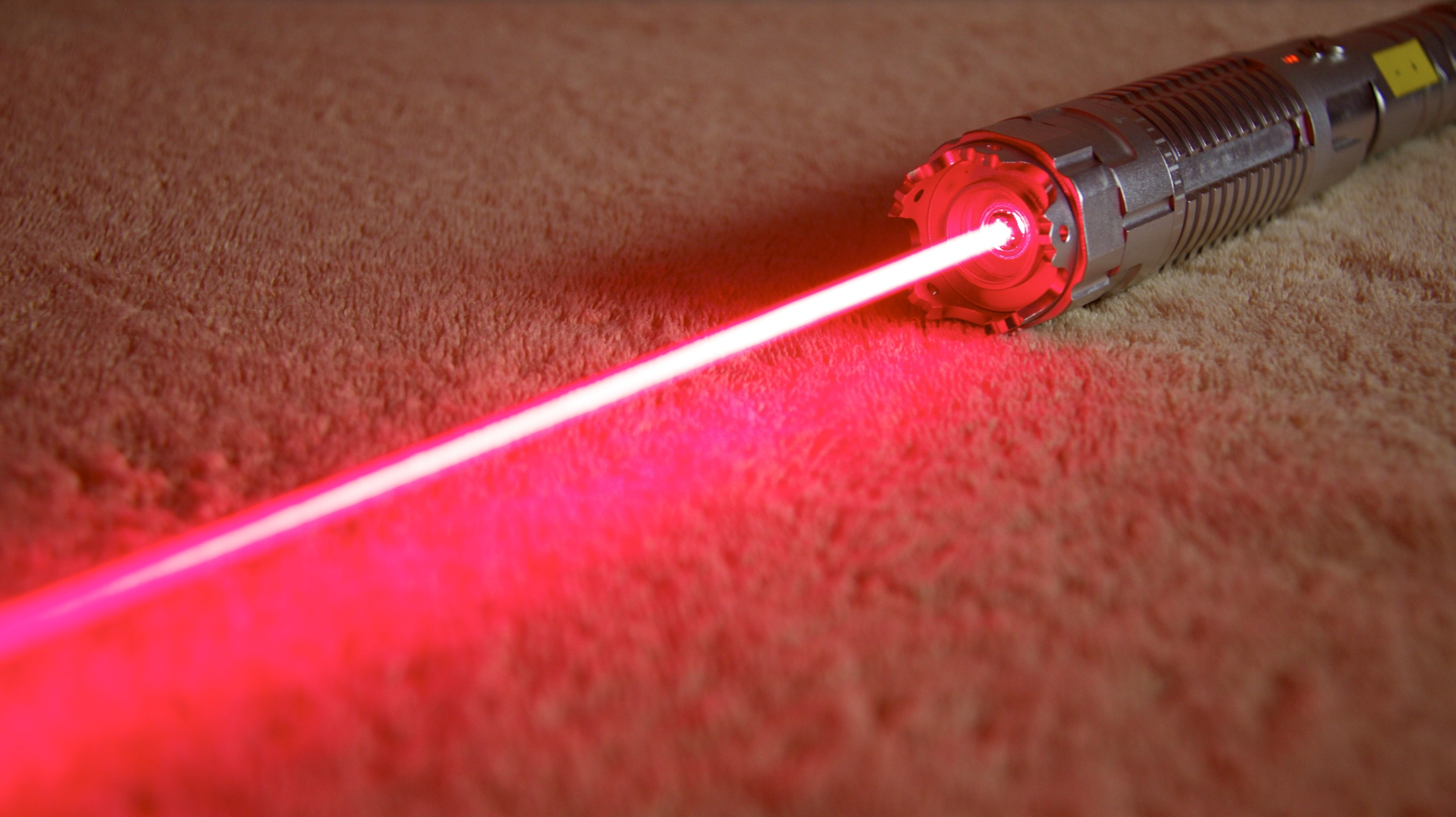 Extrem Laserpointer Rot 10000mW